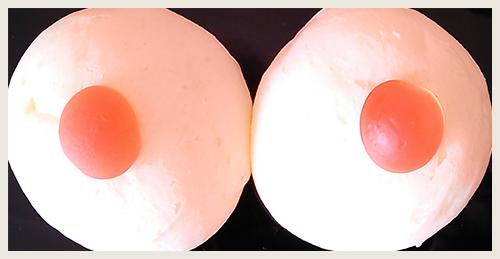 ハンドメイド乳房