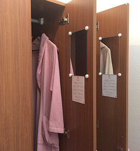 changingroom_robe