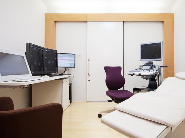 乳腺科診察室